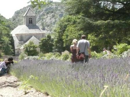 リルシュルラソングの骨董市と美しい村(エクス・アン・プロヴァンス発)