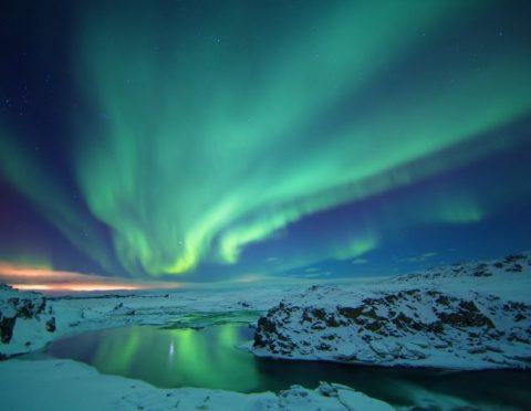 オーロラの旅・アイスランド3泊4日