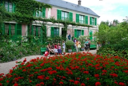 【4月~10月期間限定】 ジベルニー モネの家と庭園 午前観光