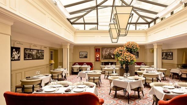 ホテル・スクリーブのレストラン『リュミエール』